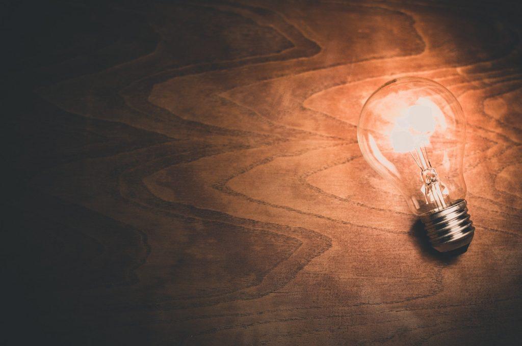 In deze blog lees je alles over het vermijden van slapende energiecontracten, zoals het herkennen van een slapend energiecontract en overstappen naar een nieuw contract.